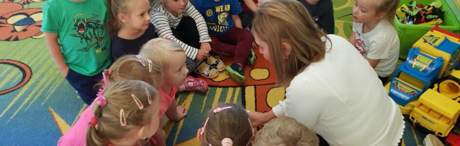 Ogólnopolski Dzień Głośnego Czytania w grupie 4 latków